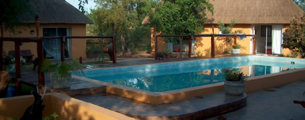Normann Safari Lodge - Boma med Pool